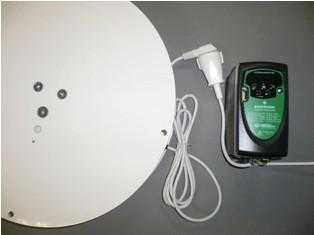 Régulateur de vitesse facile à installer et à utiliser (plug and play).