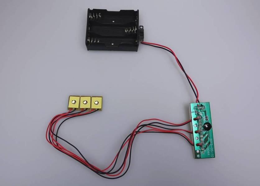 Circuit clignotant 3 LED dia. 3mm, circuit de commande, durée de vie 6 mois non-stop